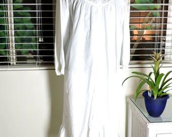 Victorian style nightgown / M / L / white cotton nightgown / button front / white embroidered nightgown / long white nightgown