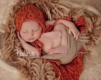 Newborn size knit bonnet and mini blanket in Roving