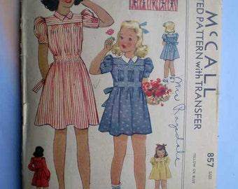 Vintage 40s Girls' Dress with Honeycomb Smocking Pattern Size 4