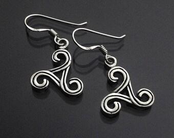 925 Solid Sterling Silver Triskelion Earrings - Triskelion Dangling- Oxidized-Triskele Trinity- Triple Triskele- Spiral Shap
