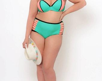 Plus Size Tropical Color Block Bikini Set - Mint - 1X - 3X