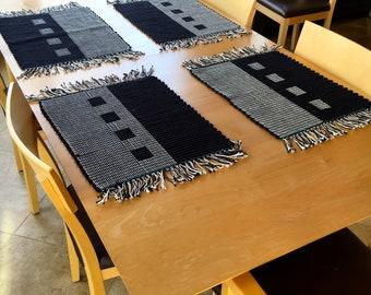 Black & White Reversible Contemporary Cotton Placemats
