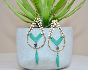 Dangling earrings bronze, turquoise blue and white corn chain