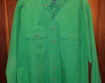 REGATTA BRIGHT GREEN Dress Shirt // 90's Men's Button Down Kelly Green Saint Patrick's Day St. Patty's  Button Up Size M