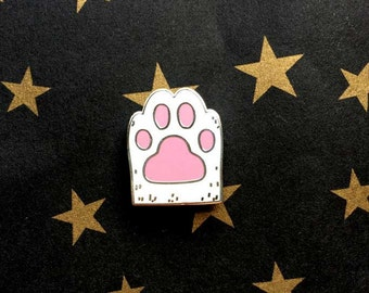 Lucky Cat Paw - White Cat Paw Hard  Enamel Brooch - Cat Lapel Pin - Cat Gifts - Cat Jewelry - Magnetic Jewelry