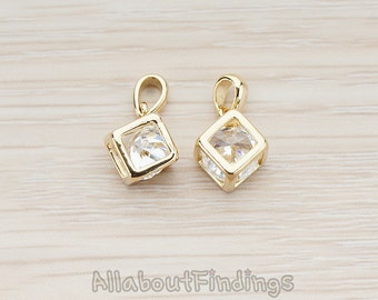 PDT098-G // Glossy Gold Plated Clear Crystal Cubic Zirconia Inside Cube Pendant, 2 Pc