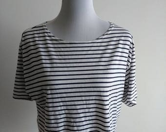 Striped navy and white top