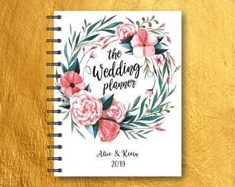"Wedding Planner, Printable Wedding Planner, Wedding Binder, wood cover, DIY planning organizer, 8.5x11"" Instant Download PDF"