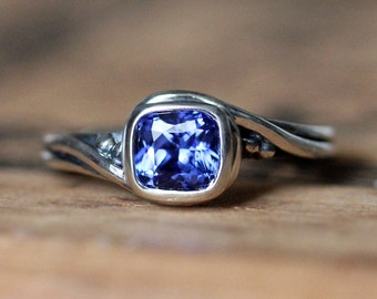 Blue sapphire ring, sapphire engagement ring, unique engagement ring, silver engagement ring, promise ring, saphire ring, Pirouette