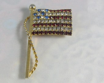 Vintage 1940s/50s Goldtone Rhinestone American Flag Pin Mint Condition Patariotic Pin Fourth of July Pin