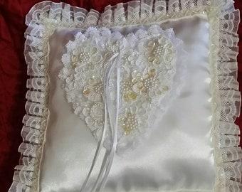 Square shaped ring bearer pillow
