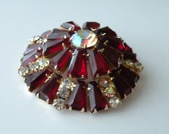 Juliana Delizza & Elster Ruby red keystone brooch pin