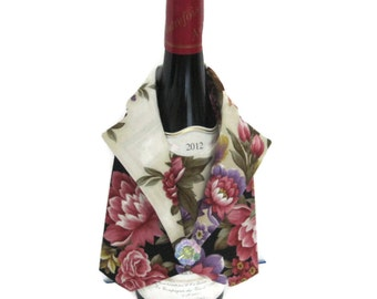 Bar Accessory, Elegant Wine Bottle Vest, Pink Floral Fabric Wine Butler, Bottle Cover for Wine, Unique Wine Bottle Gift, Hostess Gift