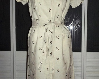 Vintage 50s 60s Madmen Embroidered Secretary Day Dress