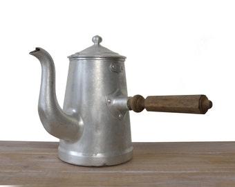 Cafetière en aluminium vintage, cafetière en métal, théière en aluminium, cafetière en alu poignée en bois, cafetière ancienne décor cuisine