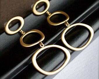 Chandelier Earrings-Circle-Modern-Zen-Organic
