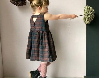 The Beach Dress. V-back dress with back strap and full skirt. 100% Linen
