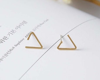 Geometric Triangle Stud Earrings, Simple Silver Triangle Earrings, Gold triangle studs, Rose gold Triangle stud earrings
