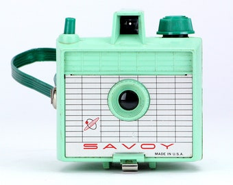 Vintage Sea Foam Green 1950's Savoy Camera – Camera Collector Home Display