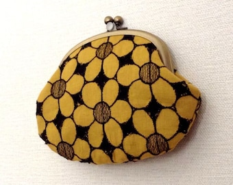 Retro Flowers - Metal frame coin purse /colorful/yellow/zakka/flower power/gift/mustard/clutch purse/gadged case/kiss lock purse/
