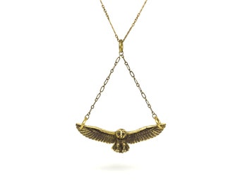 An Hovering Owl Pendant -  [BR-2A]