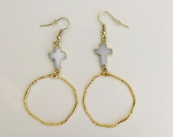Pearl Cross & Hammered Ring Earrings