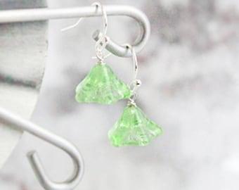 green earrings, flower jewelry cascade earrings light/green jewelry gift/idea/for/wife spring earrings gift/for/her daughter gift/ideas пя52