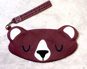 Bear Wristlet, Bear Pouch, Bear Purse, Bear Clutch, Wrist Clutch, The Honey Bear, BROWN Color
