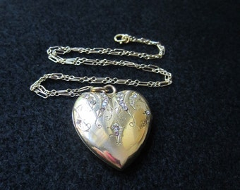 Final Reduction Lovely Antique Yellow Gold Heart Locket Bridal Engagement Jewelry