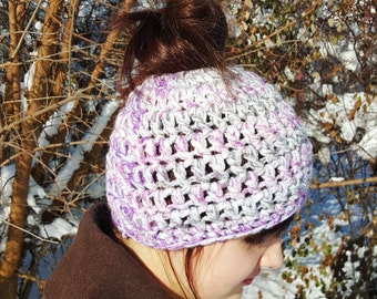Messy Pony Beanie, Bun Beanie, Crocheted Hat, Crocheted Messy Bun Hat - Bun Hat