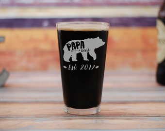 Papa Bear Beer Glass, New Dad Pint Glass, New Dad Gift, Baby Shower Gift, Fathers Day Gift, Gift For Dad, Baby Announcement, Best Dad Ever
