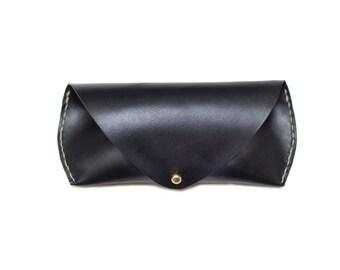 Black Leather Sunglass Case / Mens Sunglasses / Sunglass Holder / Sunglass Pouch / Sunglass Storage / Ray Ban Case / Groom Gift / Groomsmen