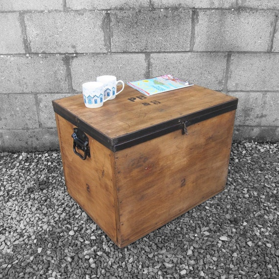 Rustic Trunk Chest Coffee Table Box Fragile Silver Smiths