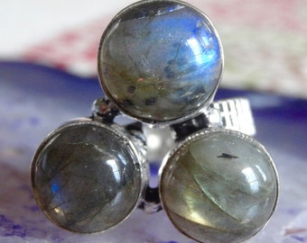 Gorgeous Fiery LABRADORITE Sterling silver Ring Size 7 - Sterling Silver Ring - Gemstone Ring- Boho chic ring size 7 - Labradorite Ring