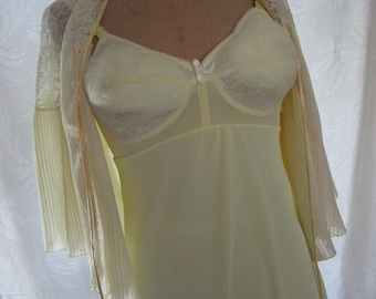 34B Perky Molded Cup Mini Bra Slip 1960s Yellow Girlie Bedjacket Boudoir Warners