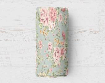 Vintage Sage Floral Print Fleece Throw Blanket | Perfect for Cuddling!