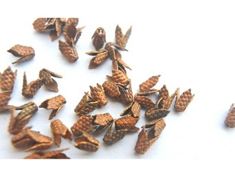 15 flower beads, copper color metal, vintage, 5mm height