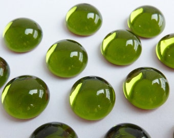 6 glass  cabochons, Ø12mm, olive green, round