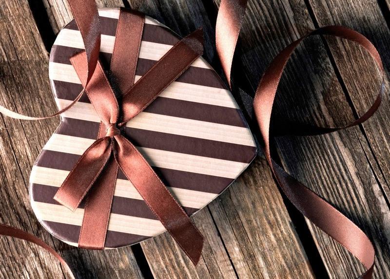 set de table plastifi saint valentin coeur ray sur planches. Black Bedroom Furniture Sets. Home Design Ideas