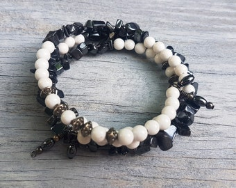 Hematite and White Stone Chip Memory Wire Bracelet.  Accented Tibetan Silver Metal Beads.  Memory Wire Bracelet.  JemstoneZ bracelet.