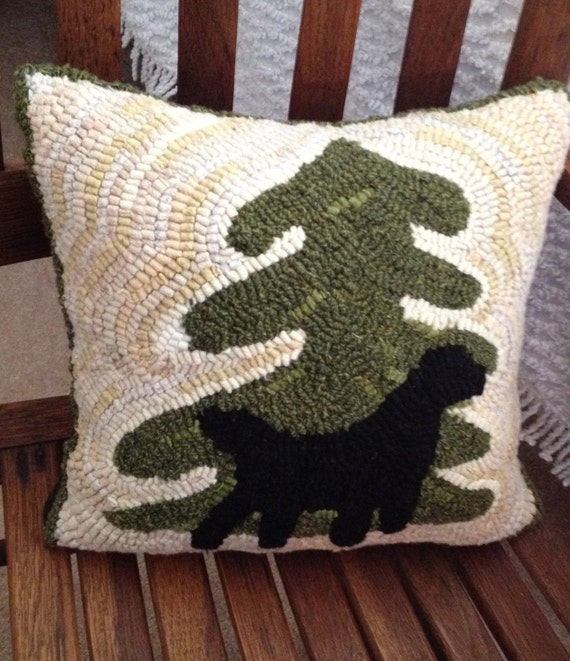 Dog Hooked Rugs: Hooked Rug Pillow Pattern Labrador Retriever By Pine