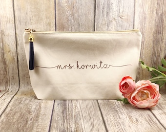 Canvas rose gold makeup bag, bridesmaid gift, personalized makeup bag, bridesmaid gift, gift for girlfriend, gift for bff, trendy gift