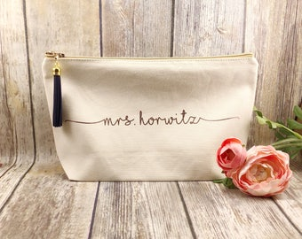 Large Natural canvas makeup bag, bridesmaid gift, personalized makeup bag, bridesmaid gift, gift for girlfriend, gift for bff, trendy gift