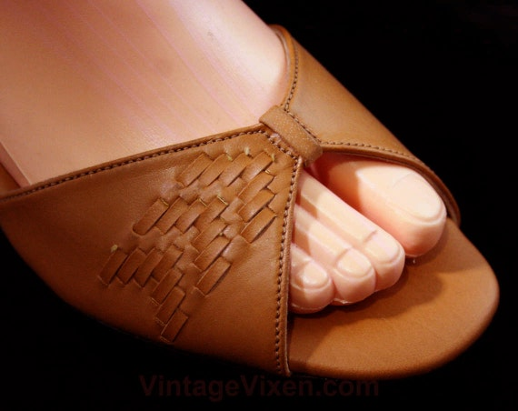 Open 30s 1970s Shoes Size Deco Deadstock 5 6 Tan 2 70s 2 W Woven Style Puppies Toe Sandals Hush 1 Heels 43253 Strappy Size 6 qTwTEP6fW