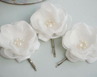 Set of 3 Ivory Flowers Wedding Hair Pins , Bridal Hair Pins, Bridesmaid Hair pins, Ivory Wedding Hair Accessories, light ivory hair flower