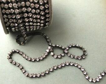 34PP Crystal Rhinestone Chain Oxidized Brass Yardage 4.3mm Stones Preciosa New (Yard)