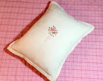 Floral Bouquet Embossed Vintage Linen Pillow with Floral Print Backing