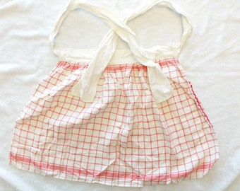Vintage Red and White Squares Waist Apron - Dishcloth Material - Red and White Kitchen Apron
