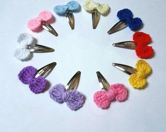 Crochet hair clips, crochet bow, girls hair accessories, girls gifts, hair bows, crochet snap clips, colourful hair clips, back to school