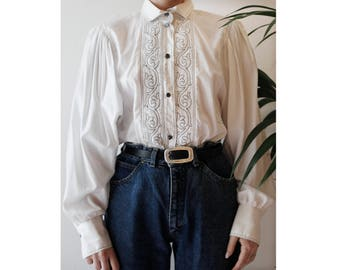 80s shirt with embroidery and puffy shoulders / butterfly sleeves